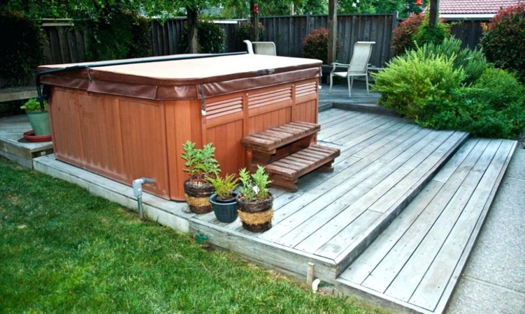 Small Backyard Ideas with Hot Tub 26