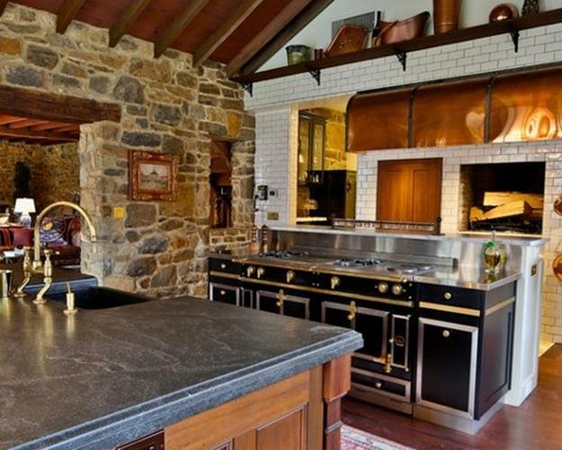 Gourmet Farmhouse Kitchen 6