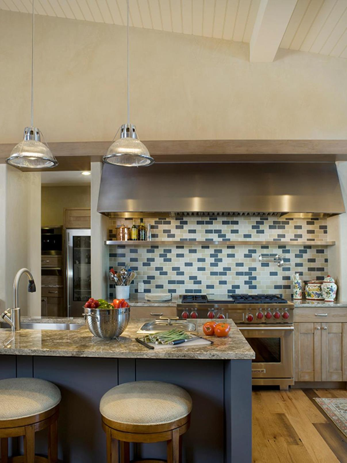 Projects to Make Kitchen More Neat and Beautiful 16