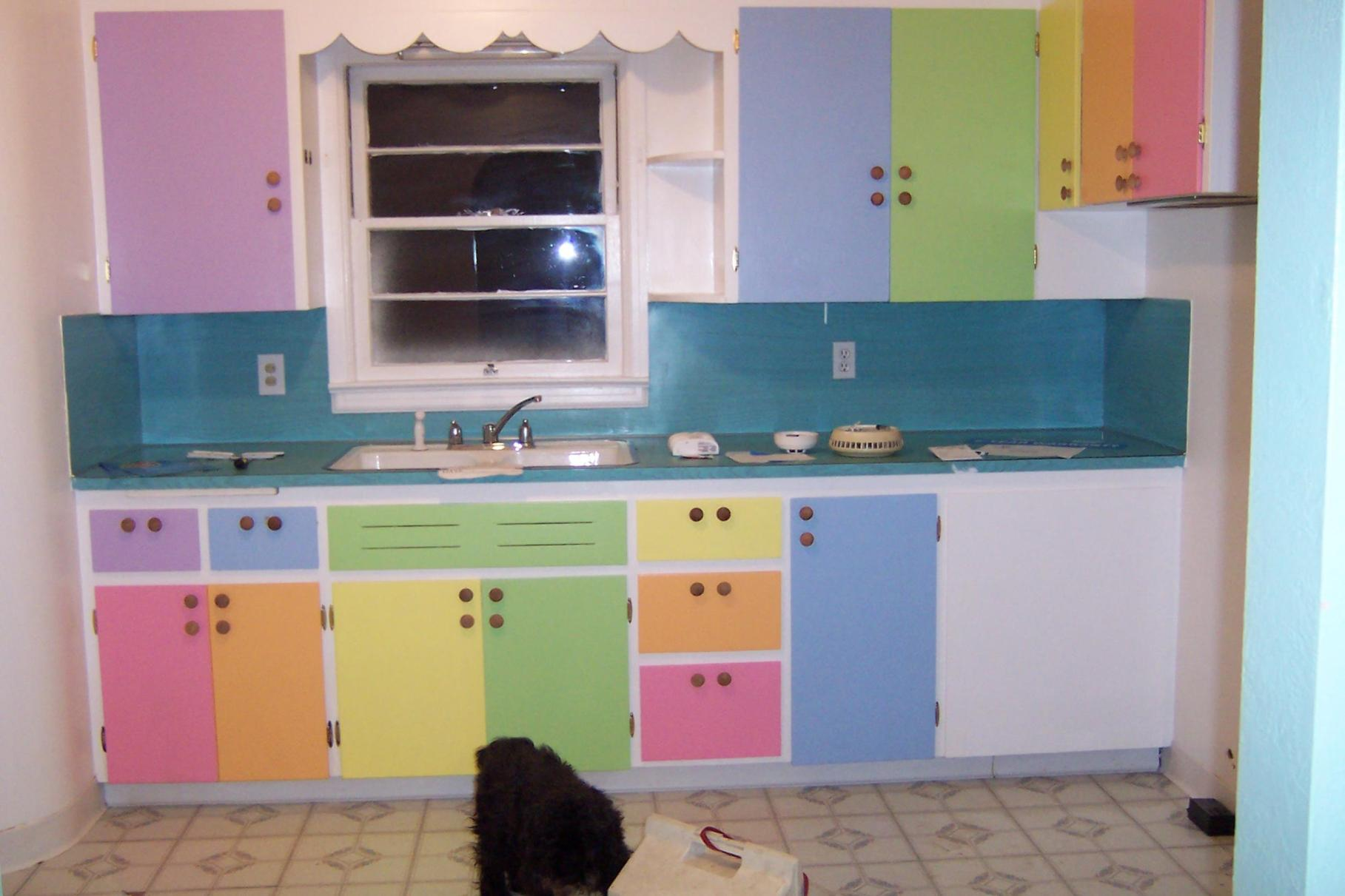 Projects to Make Kitchen More Neat and Beautiful 19