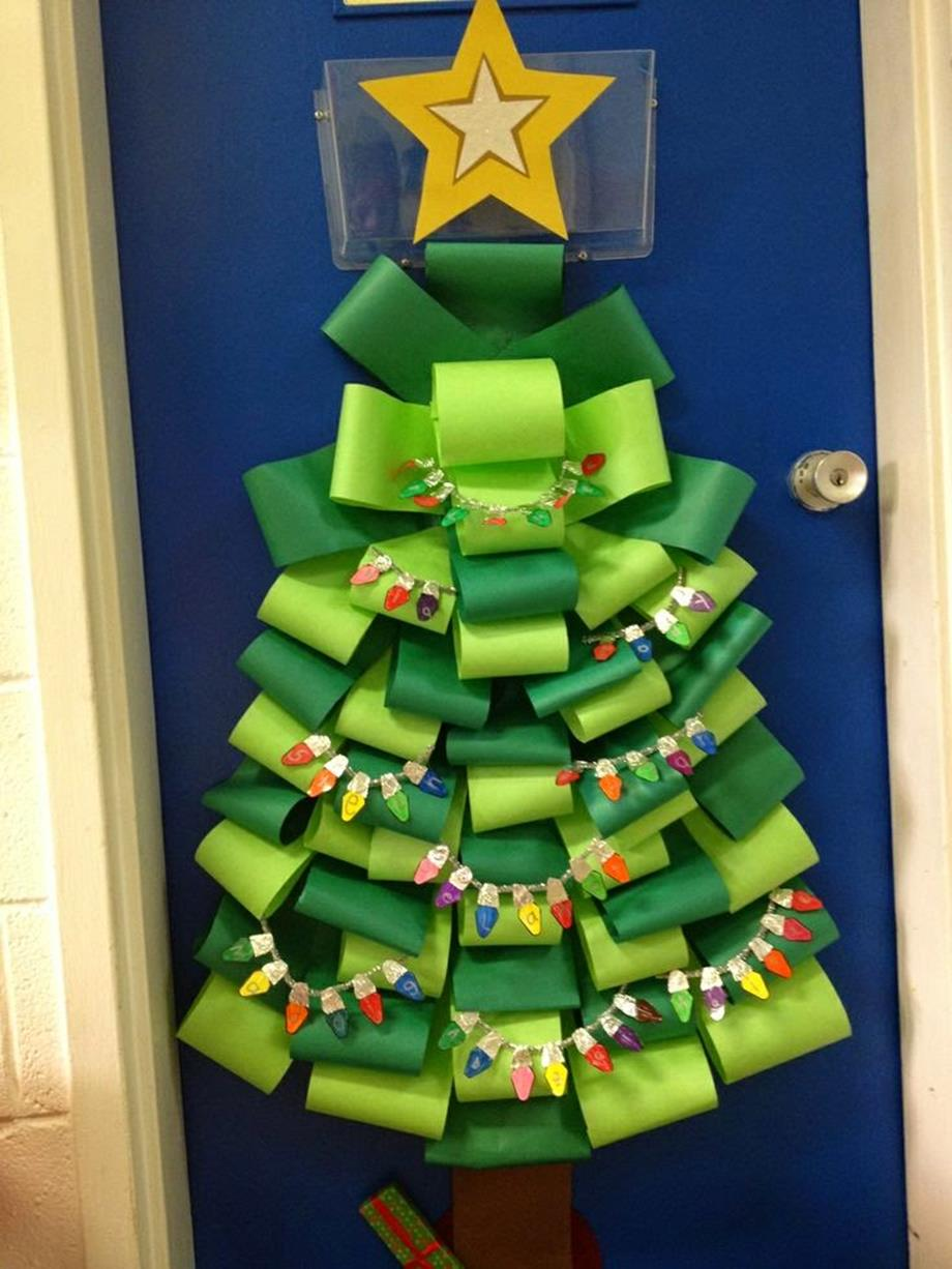 Christmas Door Decorating Contest Winners 39