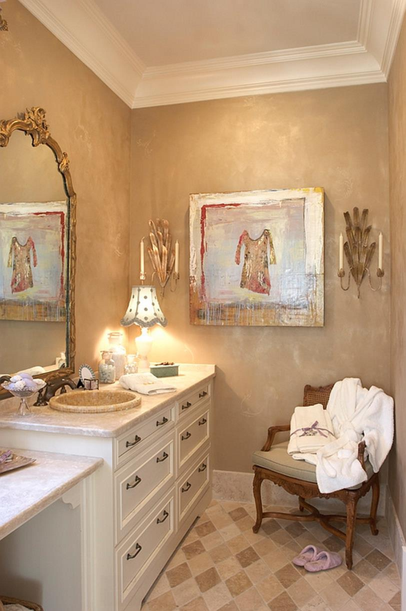 Bathroom with Holiday Wall Decor 39