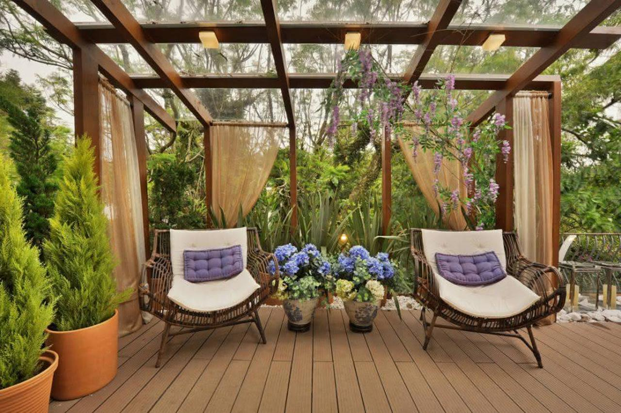 Cozy and Gorgeous Patio Roof with Pergola Glass 51