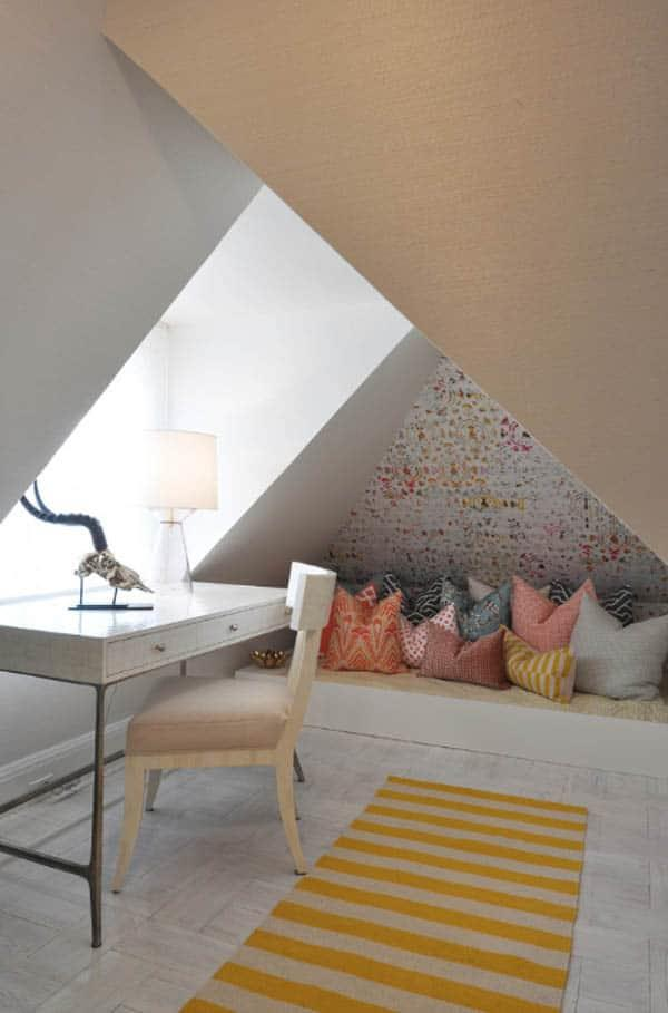 Cozy And Decorated Reading Nooks That Will Inspire You To Design Your Own Little Corner 17