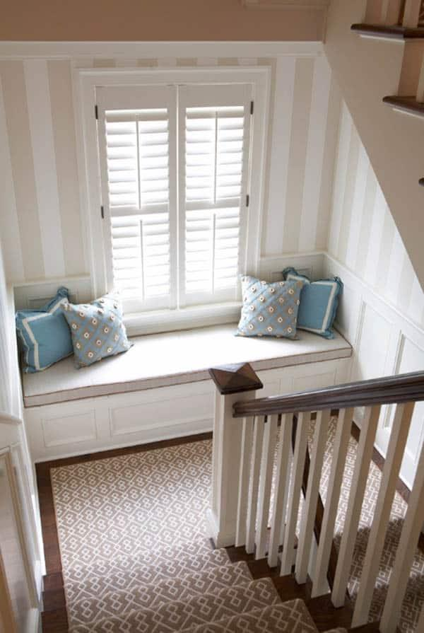 Cozy And Decorated Reading Nooks That Will Inspire You To Design Your Own Little Corner 35