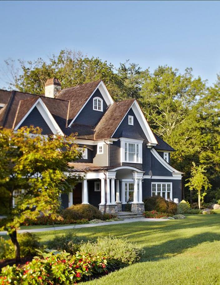Stunning Exterior House With Brown Roof Colors 29