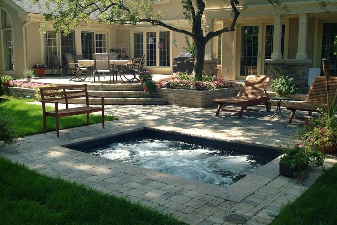 Affordable Small Backyard with Plunge Pool 33