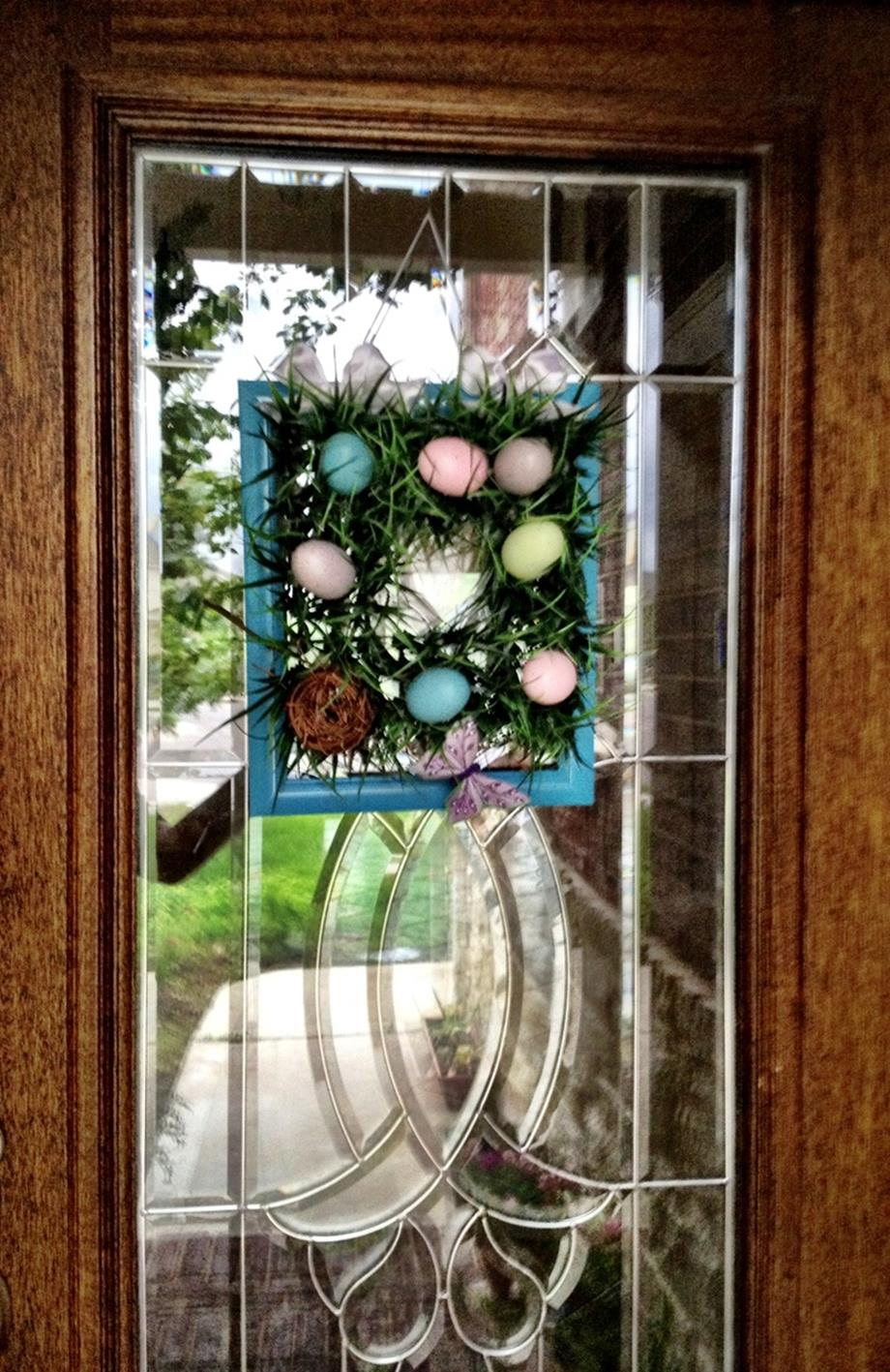 DIY Front Door Easter Decorating Ideas 24