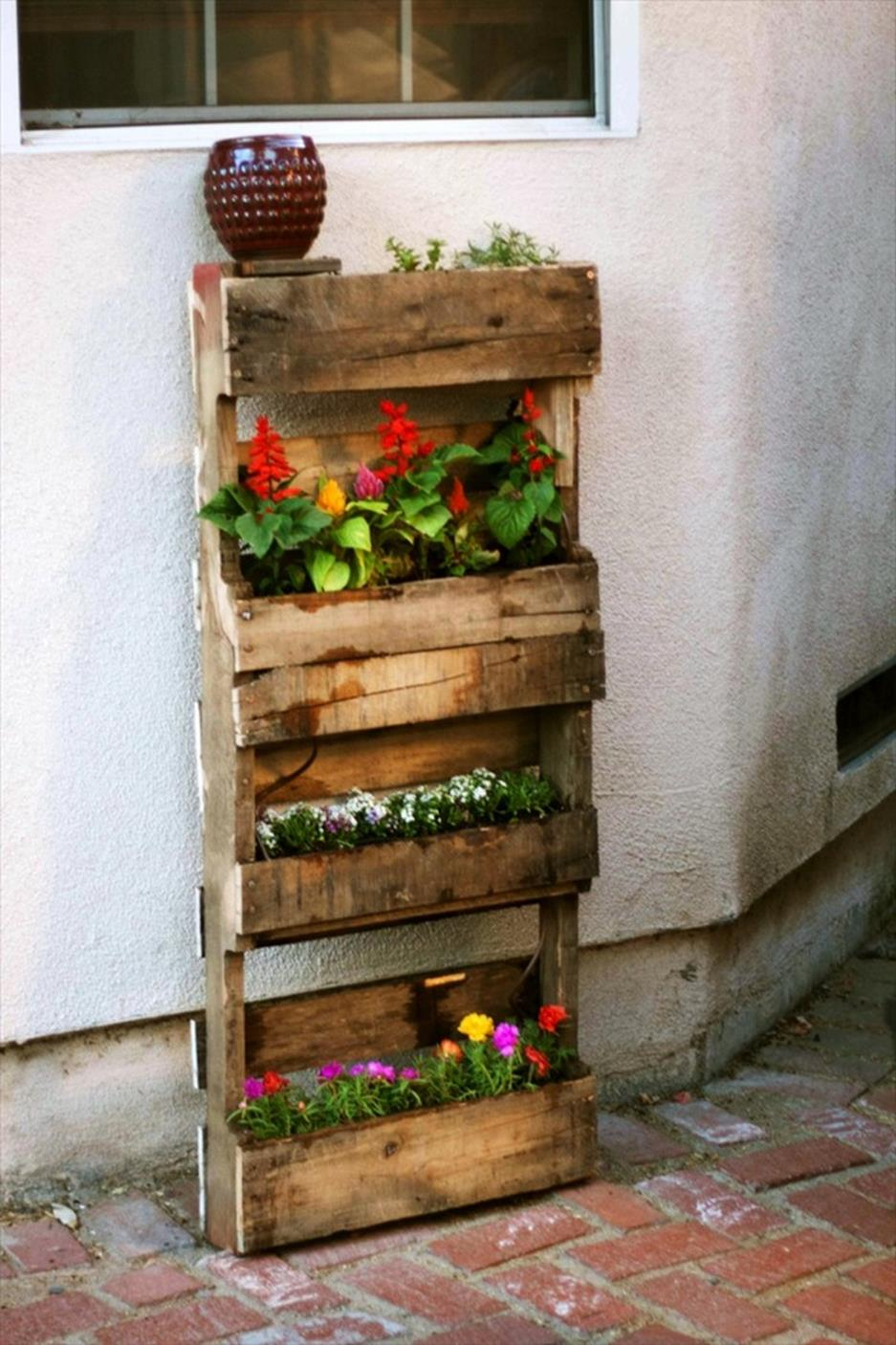 Gardening Ideas With Wood Pallets 23