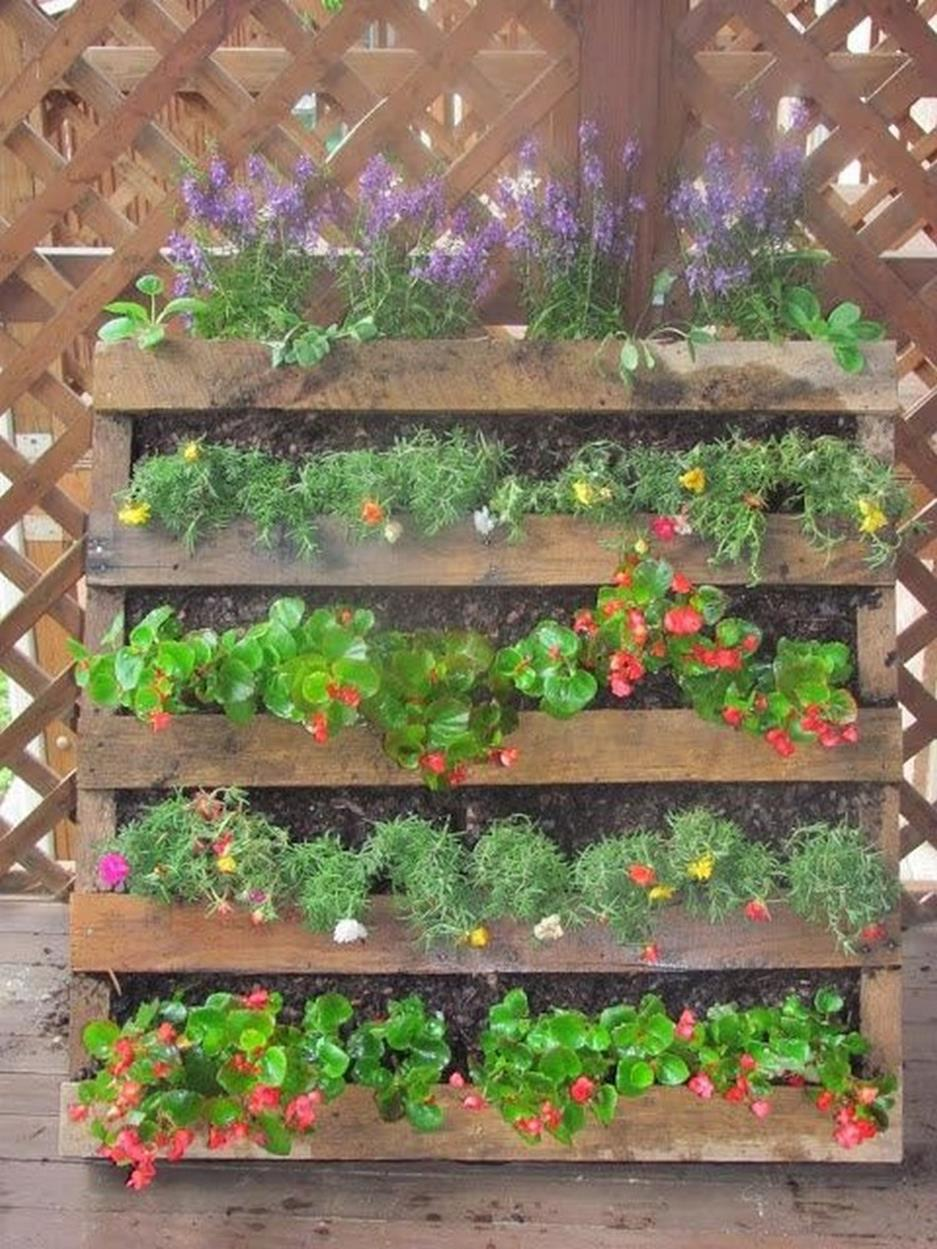 Gardening Ideas With Wood Pallets 29
