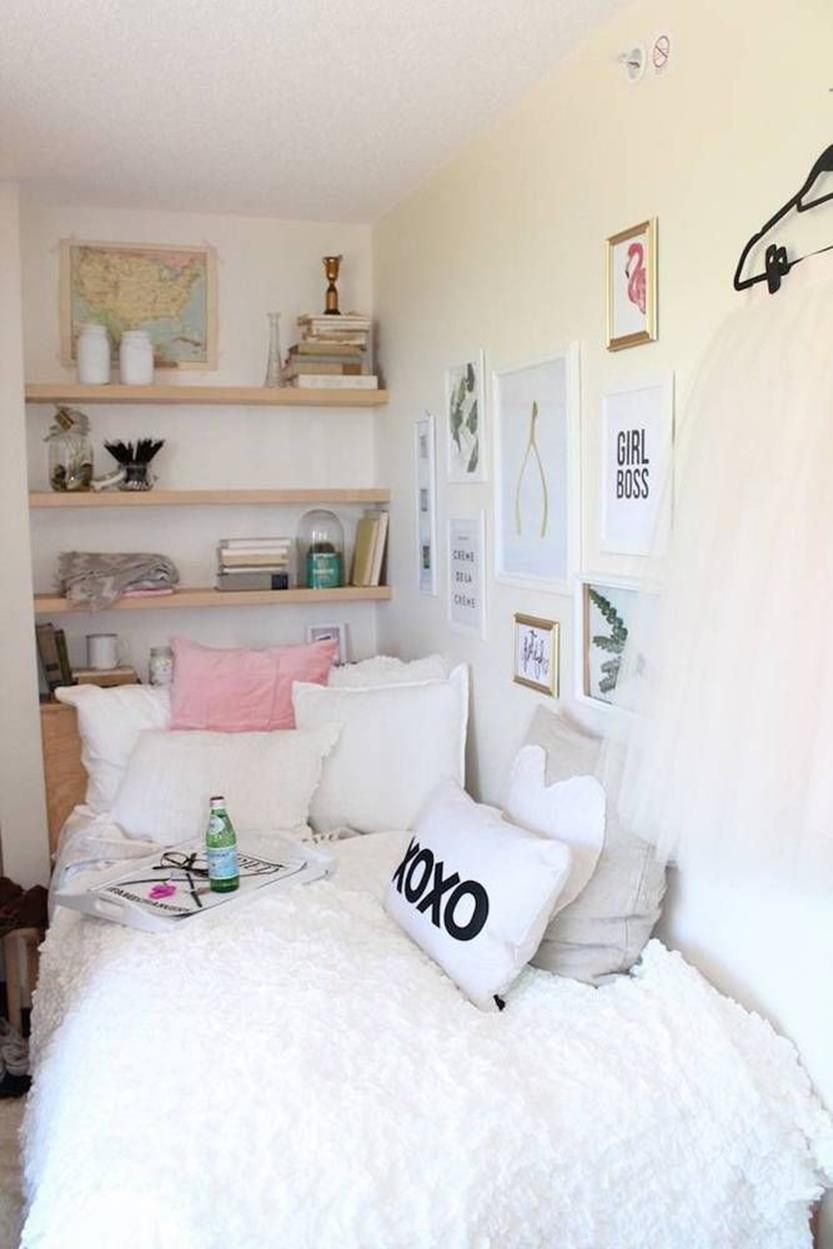 Simple Teen Girls Bedroom Decorating Ideas 11