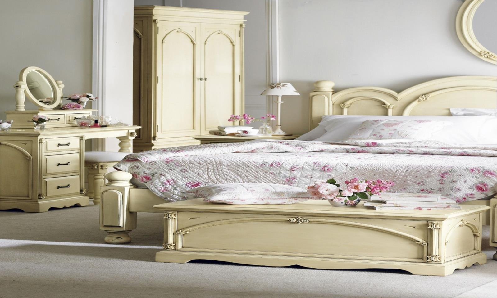 Perfect Shabby Chic Furniture and Decorating Ideas 18