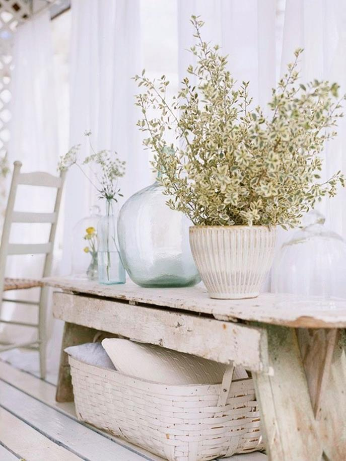 Perfect Shabby Chic Furniture and Decorating Ideas 3