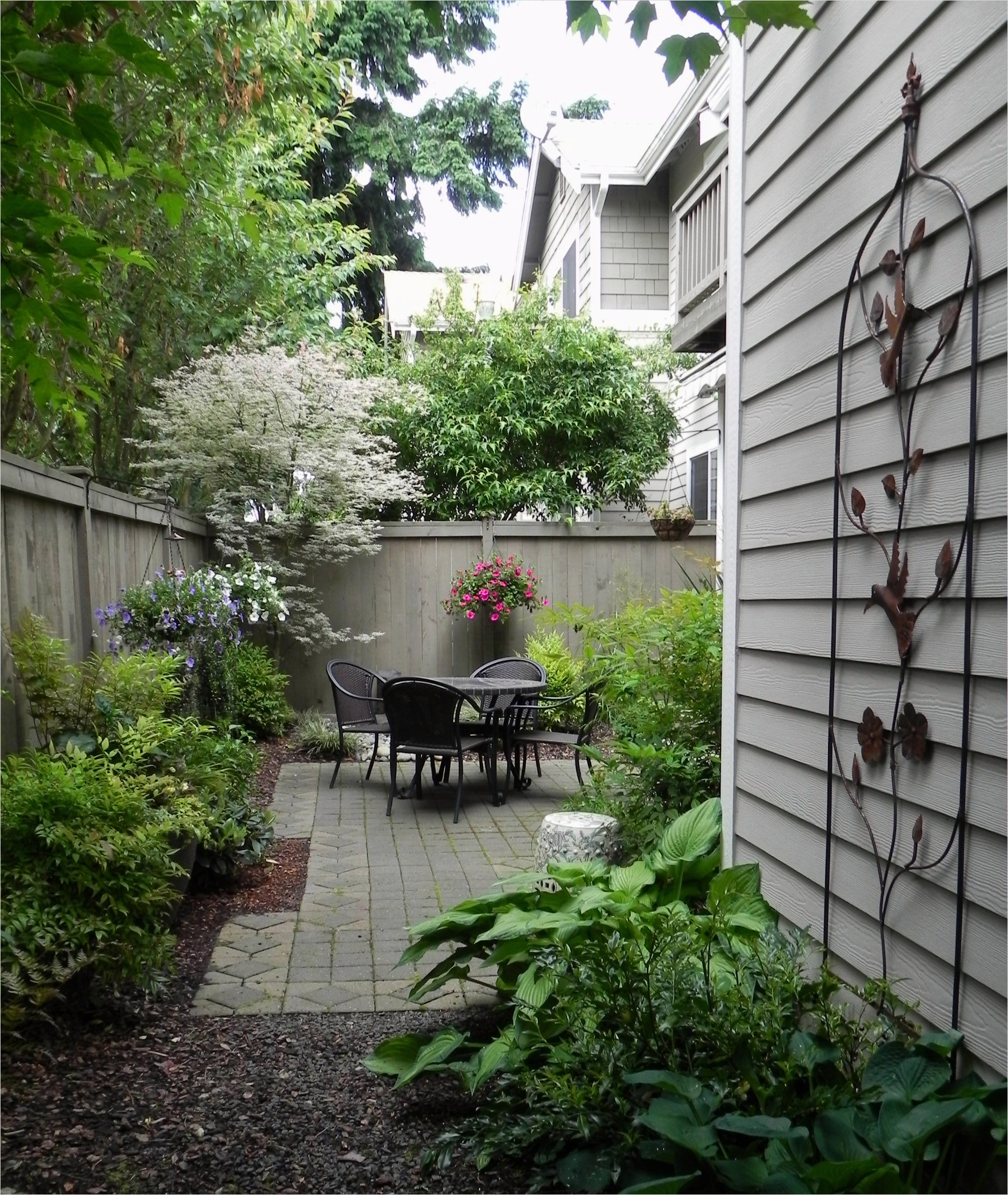 Garden Ideas for Small Spaces 11 25 Landscape Design for Small Spaces 6