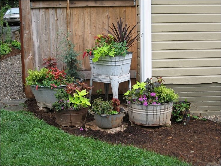 44 Amazing Rustic Garden Ideas 86 Old Wash Tubs & Pots Purposed Into Awesome Primitive Garden Containers Phyllis Ruyle This 8