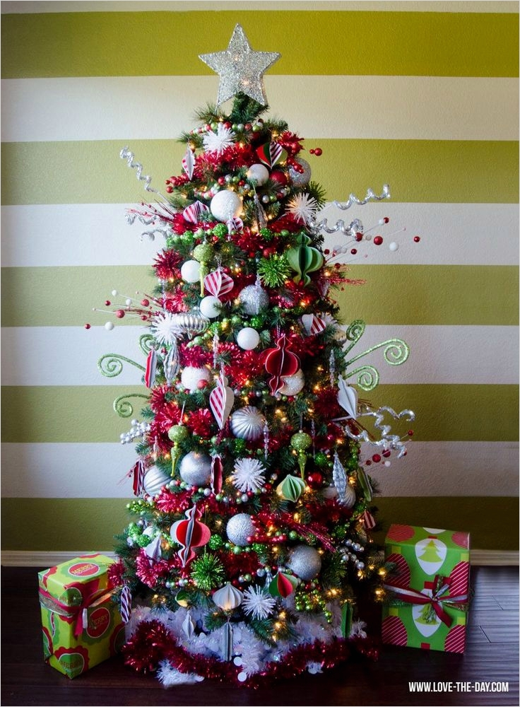 41 Awesome Whimsical Christmas Tree Decorating Ideas 69 Best 25 Whimsical Christmas Trees Ideas On Pinterest 7