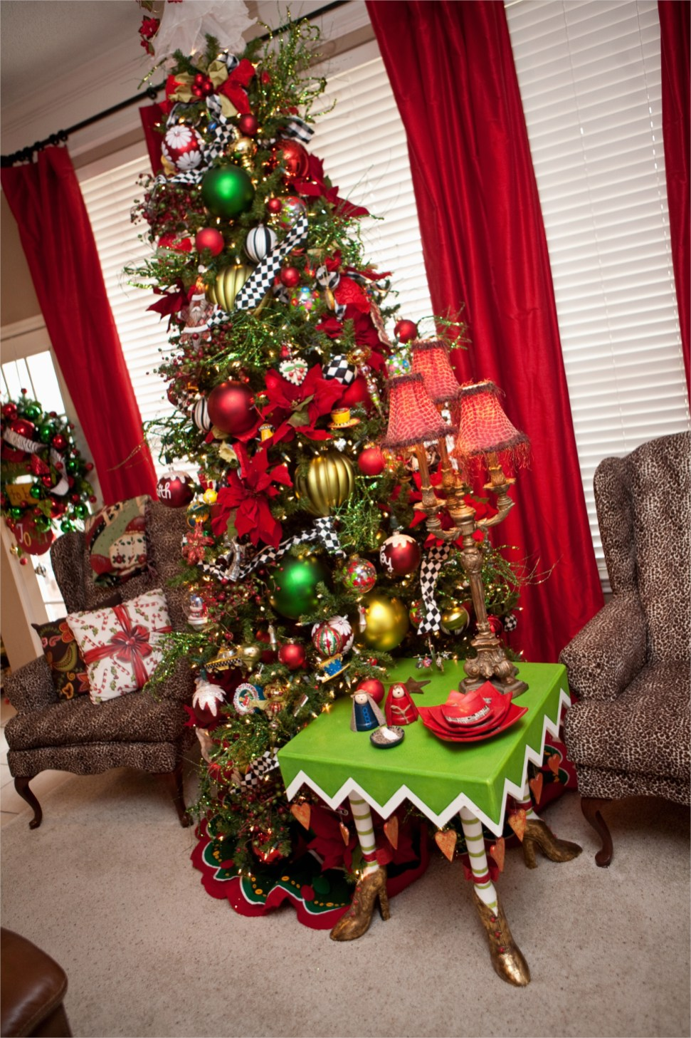 41 Awesome Whimsical Christmas Tree Decorating Ideas 31 25 Awesome Whimsical Christmas Decorations Ideas Decoration Love 8