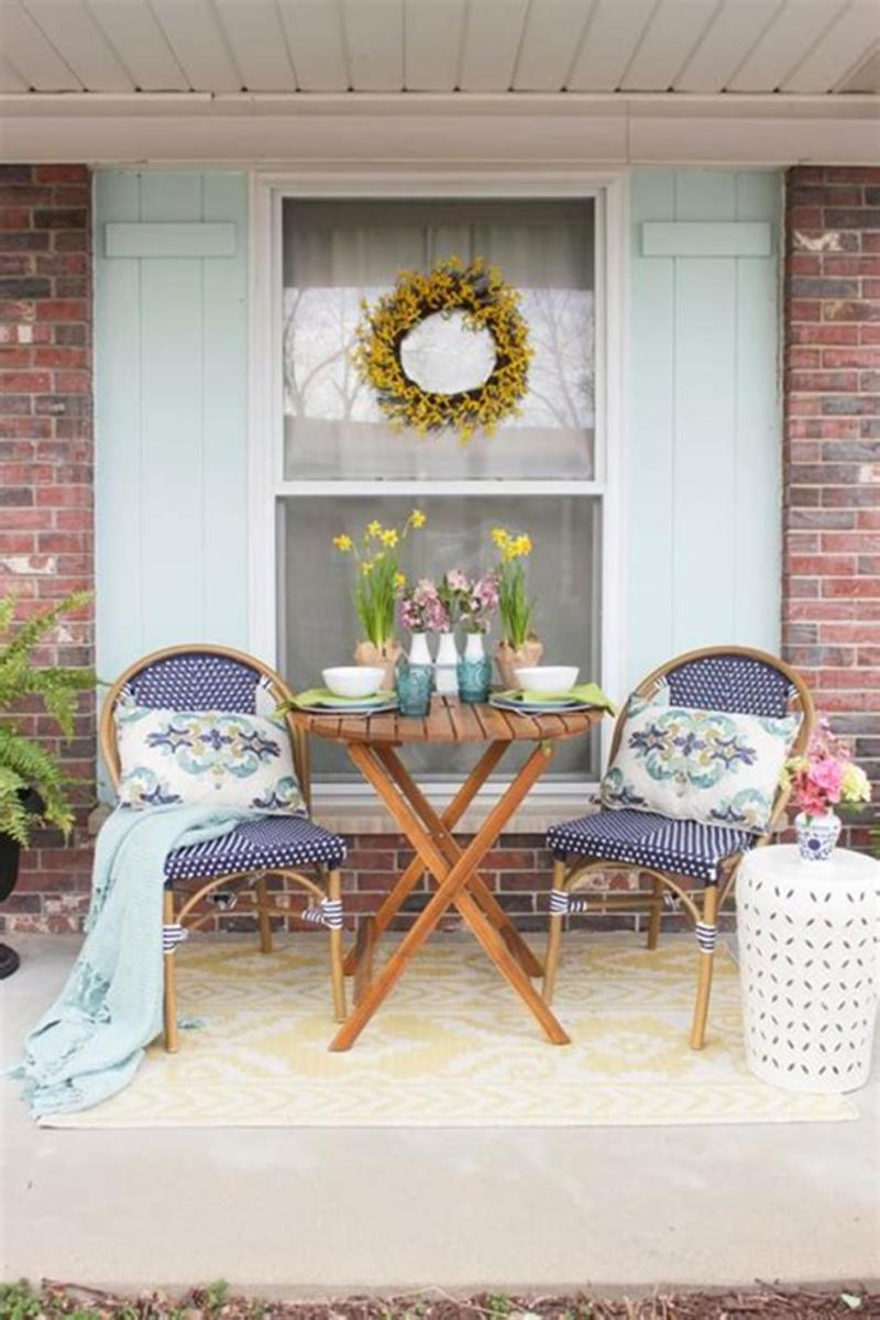 40 Beautiful Spring Front Porch Decorating Ideas You Will Love 36