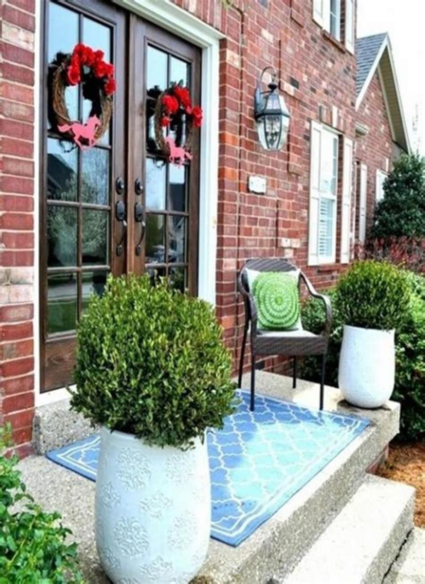 40 Beautiful Spring Front Porch Decorating Ideas You Will Love 45