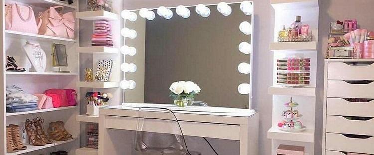Coiffeuse Ikea 38 Photos Modeles Blancs Avec Lumiere Et Miroir Pour La Chambre A Coucher Tables De La Serie Malm A L Interieur