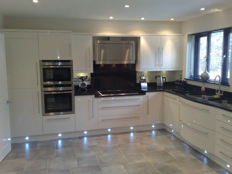 Cream Kitchen Cabinets With Black Stainless Appliances