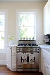 Cream Kitchen Cabinets With Wood Floors