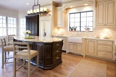 French Country Farmhouse Kitchens With Beadboard Backsplash