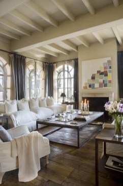 Gorgeous Farmhouse Living Room Decor Ideas And Designs (6)