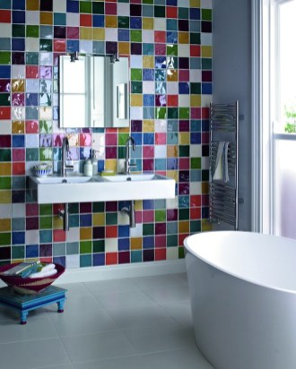 Stunning Bathroom Tiles Ideas for Small Bathrooms (42)