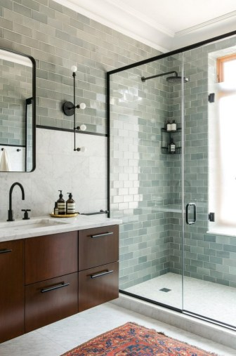 Stunning Bathroom Tiles Ideas for Small Bathrooms (9)