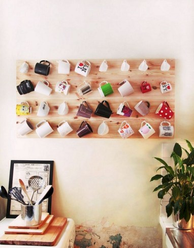 Creative Apartment Walls Decorating Ideas
