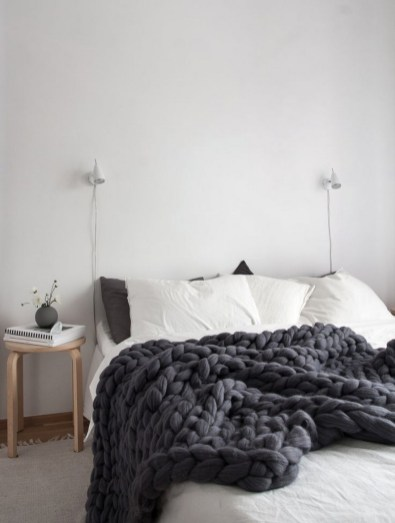 Dark Grey Bedrooms Decorating Design Ideas (31)