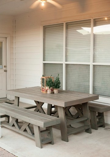 Decorating Small Deck Spaces