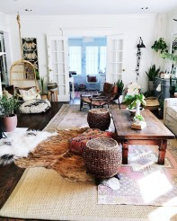 Eclectic And Quirky Living Room Decor Styling Ideas (10)