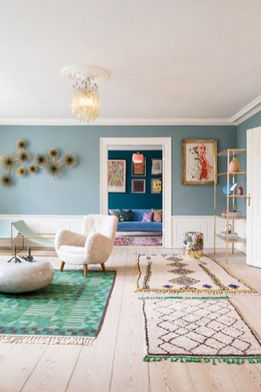Eclectic And Quirky Living Room Decor Styling Ideas (24)