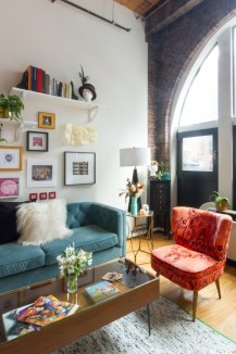 Eclectic And Quirky Living Room Decor Styling Ideas (43)
