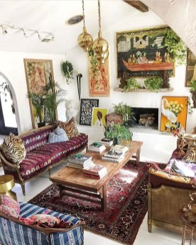 Eclectic And Quirky Living Room Decor Styling Ideas (55)