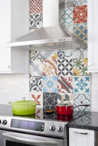 Kitchen Tile Backsplash Ideas Suitable For Your Kitchen (42)