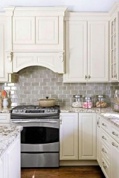 Kitchen Tile Backsplash Ideas Suitable For Your Kitchen (49)