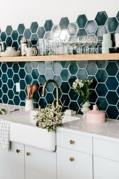 Kitchen Tile Backsplash Ideas Suitable For Your Kitchen (5)