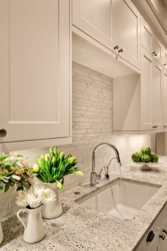 Kitchen Tile Backsplash Ideas Suitable For Your Kitchen (57)