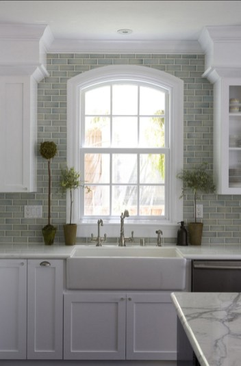 Kitchen Tile Backsplash Ideas Suitable For Your Kitchen (64)