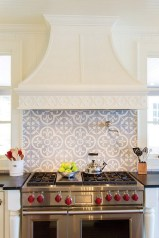 Kitchen Tile Backsplash Ideas Suitable For Your Kitchen (9)