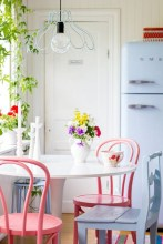 Small Antique Kitchen Table And Chairs