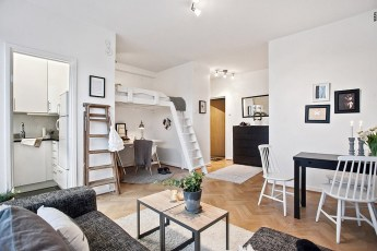 Small Apartment Entryway Decorating Ideas