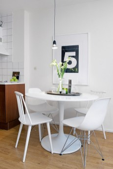 Small White Kitchen Tables And Chairs For Small Spaces