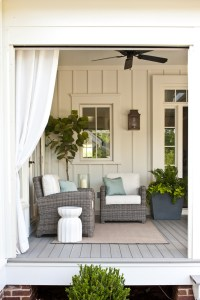 Wonderful Farmhouse Backyard Deck Design Ideas Remodels (34)