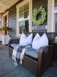 Wonderful Farmhouse Backyard Deck Design Ideas Remodels (42)