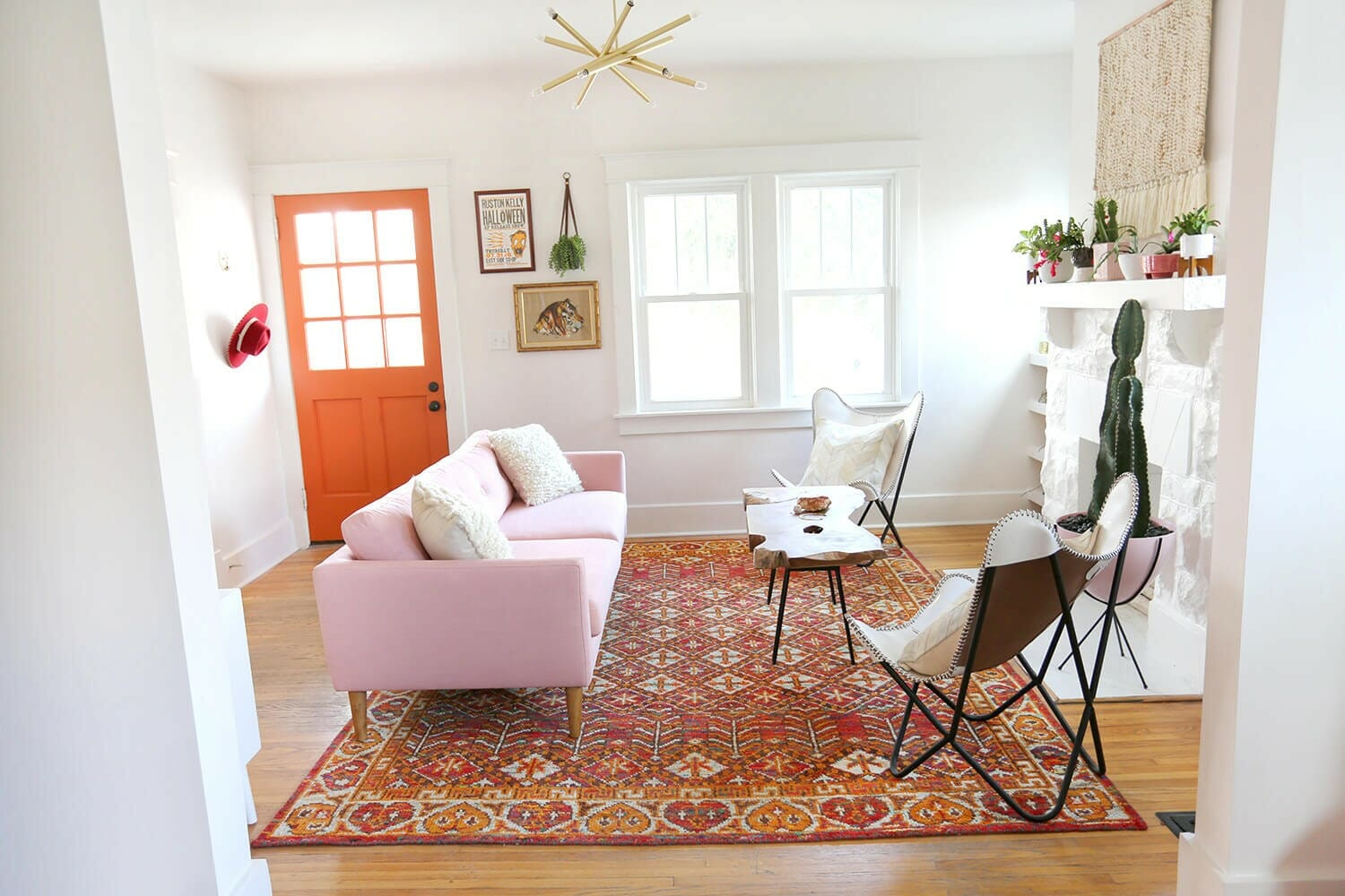 7 Ways To Incorporate Pink Home Decor