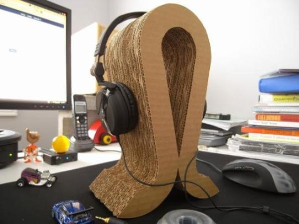 A DIY Headphone Stand from Cardboard Box Lids